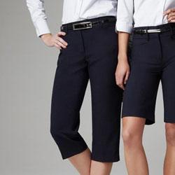 ladies-classic-three-quarter-pants